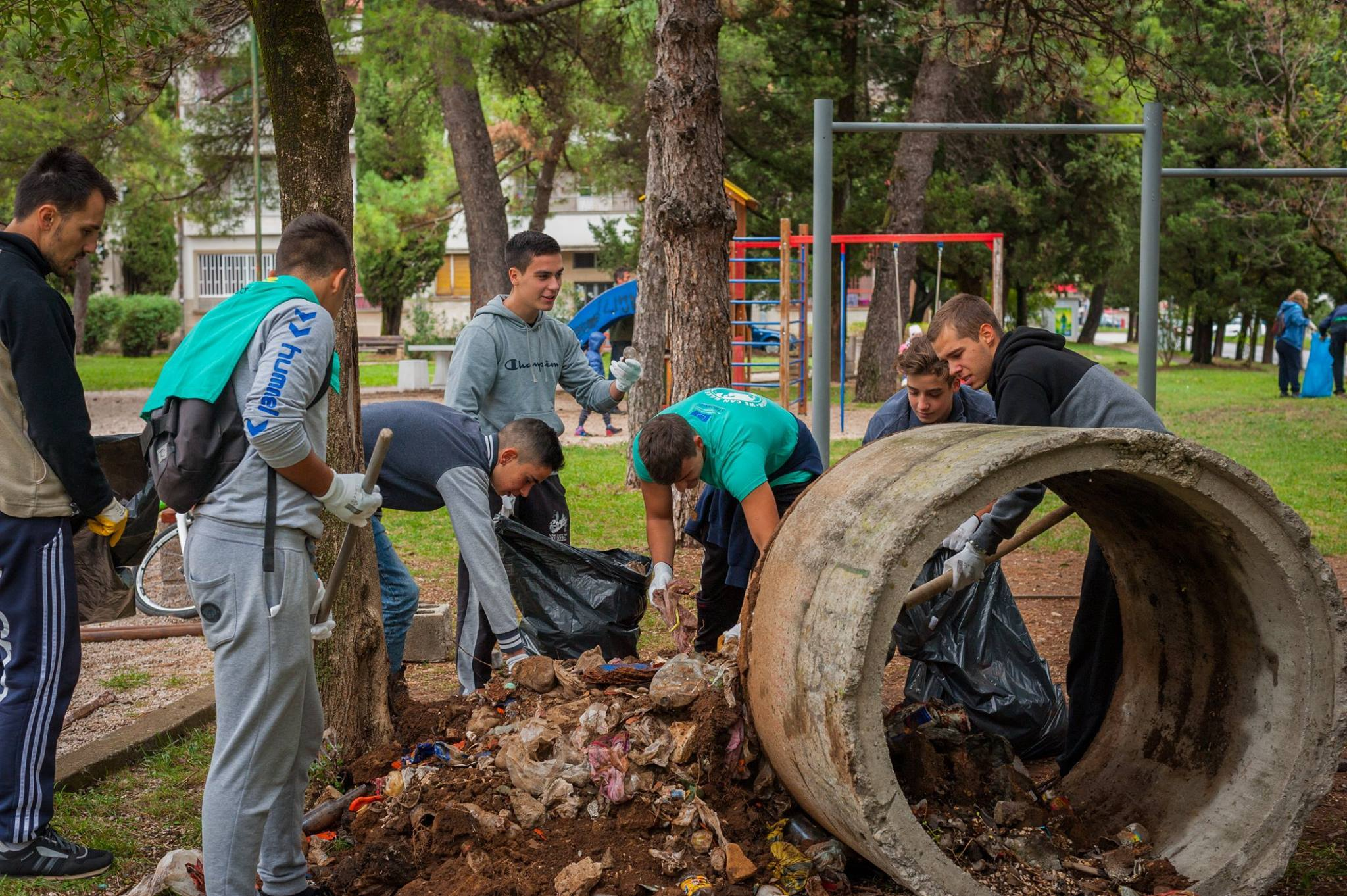 Hardworking, kids, volunteers